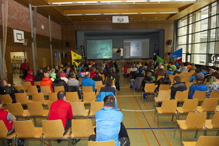 PICTURES - SKITOURING 2013 - Bibs and Briefing